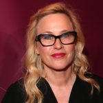 """Patricia Arquette stresses """"trust your instincts"""" when recalling her most awkward date"""