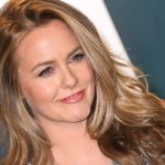 As if! Alicia Silverstone adorably reenacts iconic 'Clueless' scene with son, Bear