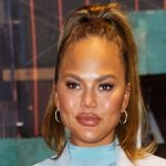 """""""There is no justification for my behavior"""" — Chrissy Teigen apologizes to her """"targets"""" of cyberbullying"""