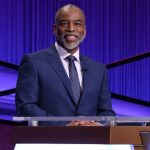 """Levar Burton gives """"no comment"""" to TMZ about 'Jeopardy!' hosting gig"""