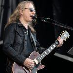 Alice in Chains' Jerry Cantrell announces signature Wino Les Paul Gibson guitar